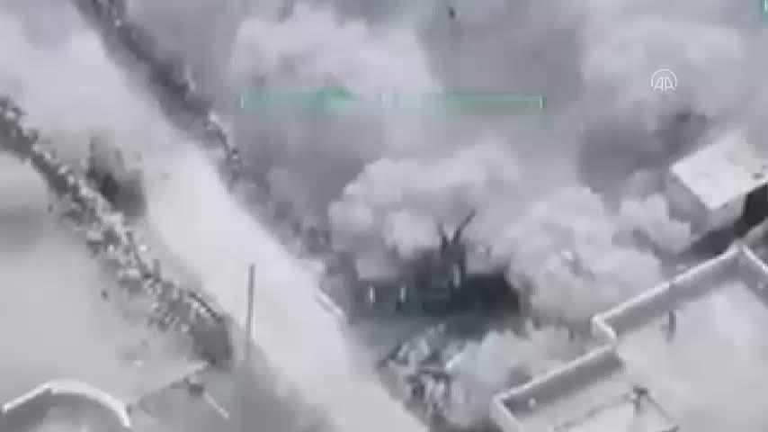 TSK İdlib'deki hedefleri böyle vuruyor