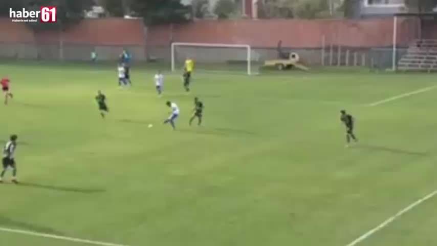 Trabzonlu oyuncudan örnek davranış – Golü atmak yerine bakın ne yaptı