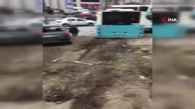 Özel halk otobüsü kaza yaptı! Yaralılar var