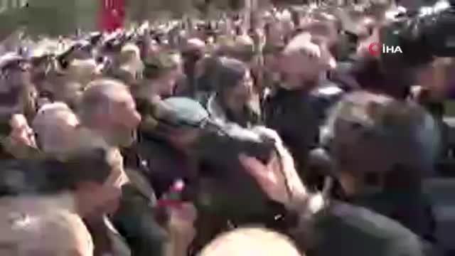 Kılıçdaroğlu'na saldırı!