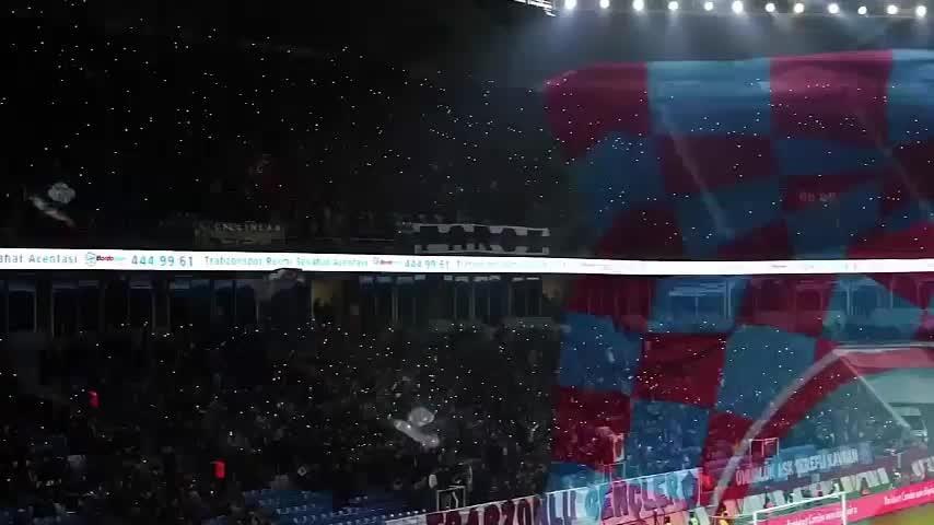 Bakan'dan Trabzonspor paylaşımı!