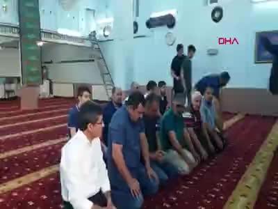 Bu camide bayram namazı iki kez kılındı