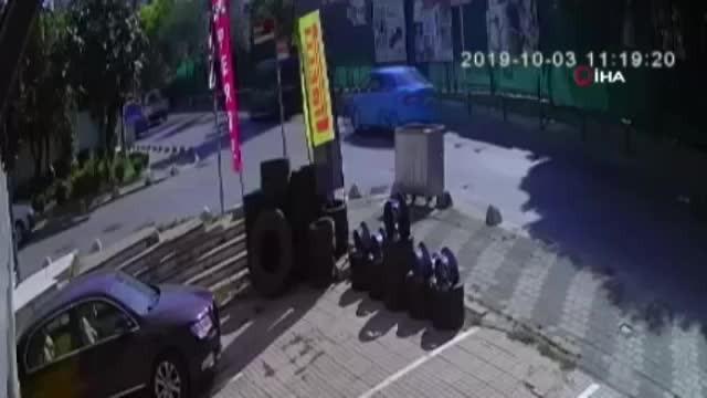 Kaldırıma çarpan araç şaha kalkıp takla attı