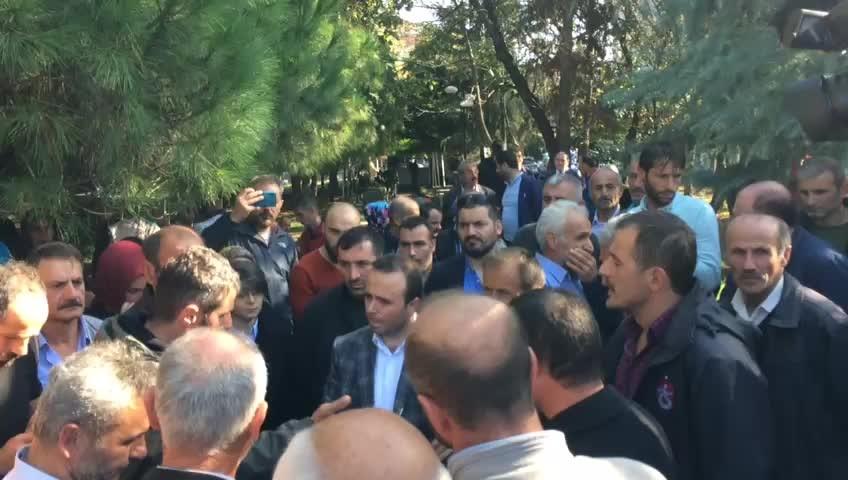 Trabzon Valiliği önünde hareketli anlar